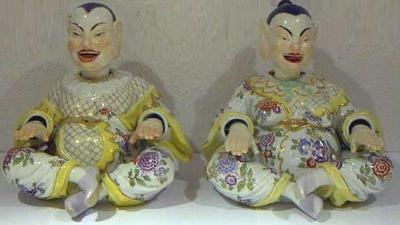 Fine_meissen_nodding_male_female_pagodas_1
